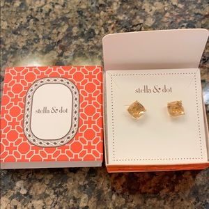 New Stella and Dot Luxe studs